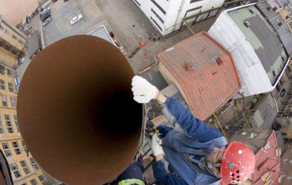 Демонтаж металлической дымовой трубы